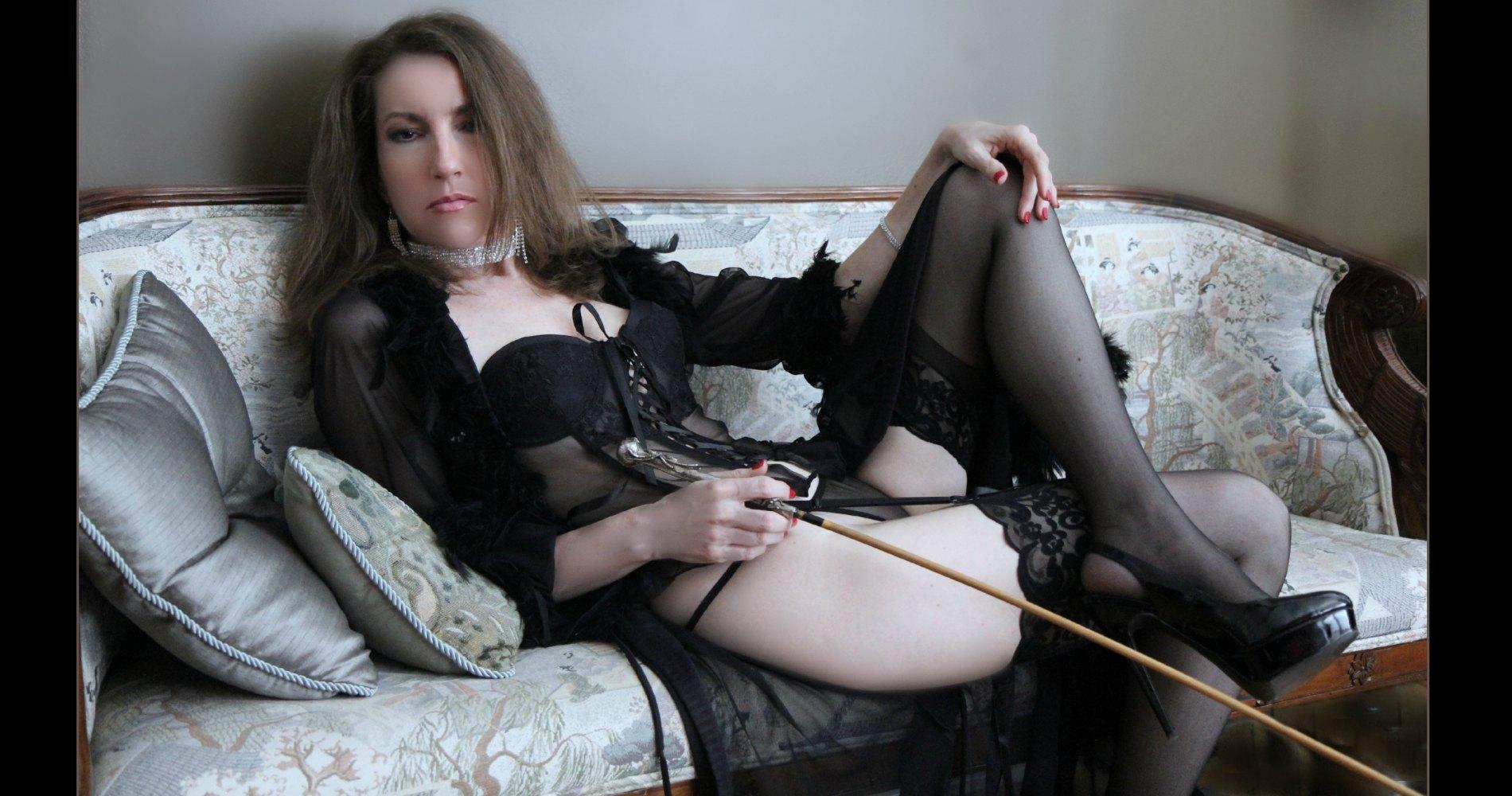 spanking dommes